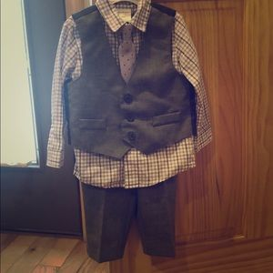4 piece toddler suit!